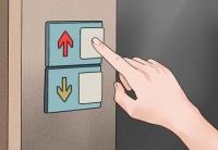 Những điều nên và không nên khi đi thang máy