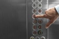 Những điều cần lưu ý khi sử dụng thang máy